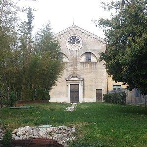 Vista da via Gemona ( al di là dell'ansa della Roggia di Udine)