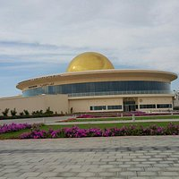 The Sharjah Center for Astronomy and Space Sciences Planetarium