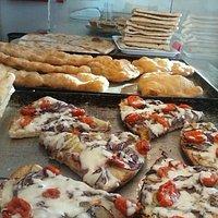 Pizzeria L Angolo Di Corrado