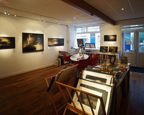 An impression of the gallery by photographer Erik Hijweege