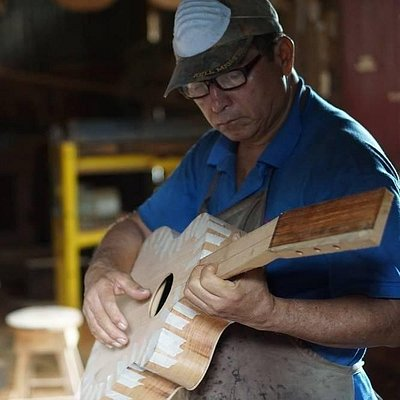 Established since 1934 – Traditional luthier family business in Nicaragua