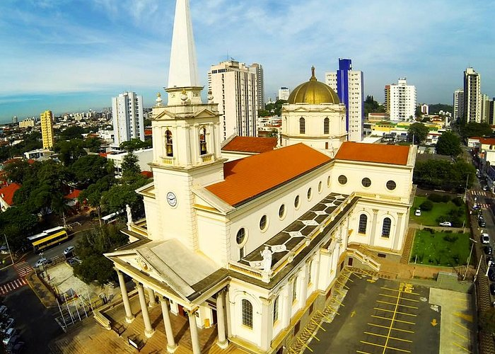 Basílica Santuário vista de um drone. Agradecimento a Ney Maurício.
