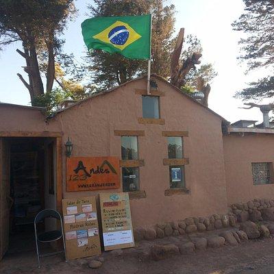 escritorio em San Pedro de Atacama, Chile Conectado / 123Andes.