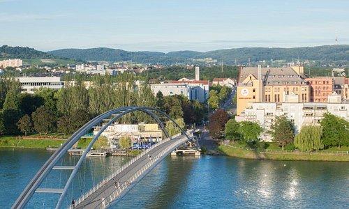 Blick auf das Hotel Dreiländerbrücke****