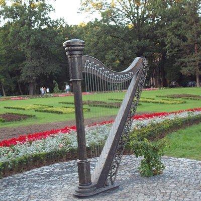 Harfa w Ogrodzie Muzycznym