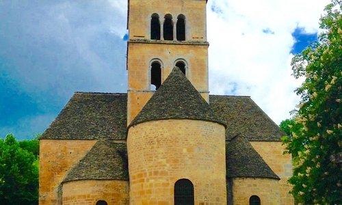Romanesque Eglise Saint-Leonce