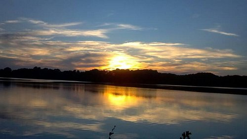 A gorgeous sunset at Silver Lake