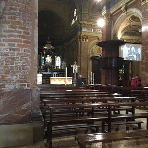 Interno parrocchia