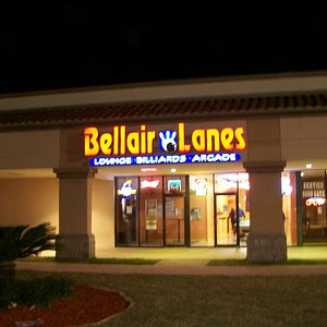 Nighttime view of Front Entrence Of Bellaire Lanes