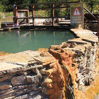 Poço de águas termais.
