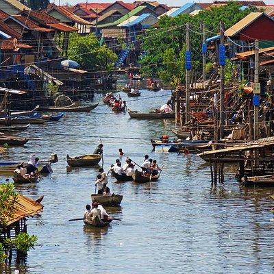 Le magnifique village flottant de Kompong Khleang, un incontournable aprés la visite d'Angkor