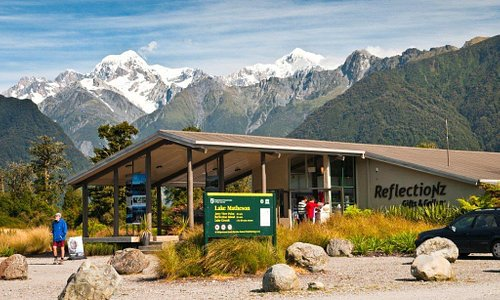 ReflectioNZ Gifts and Gallery Fox Glacier