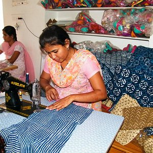 Women making products for Sambhali Boutique..
