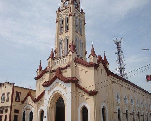 Vista de la Iglesia Matriz (Catedral de Iquitos)