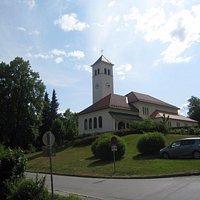 парковка около церкви
