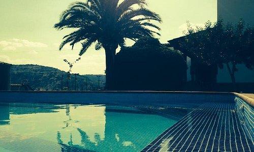 Tardes de relax en la piscina