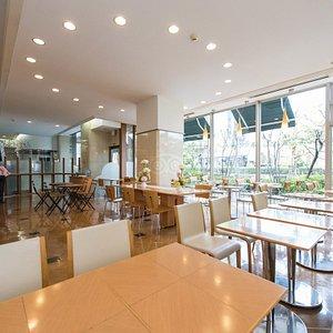 Cafe Pivert at the Tokyo Green Hotel Korakuen