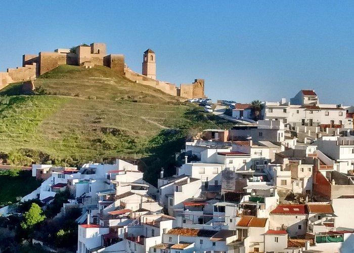 Vista del castillo desde el Hostal Durán
