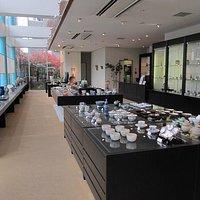 京都府内で制作された陶磁器のみを取り扱っています!