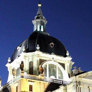 Cattedral Nostra Signora de la Almudera by night