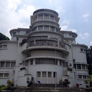Villa Isola UPI Bandung