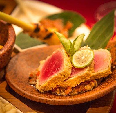 Bali Food Safari - Ubud - Tasting plate featuring traditional sesame coated tuna