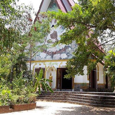 Wat Khao Tham