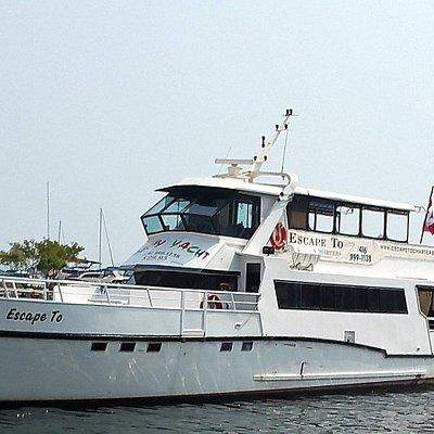 Luxury Motor Yacht  ESCAPE TO. CRUISES