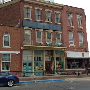 The store on three floors.