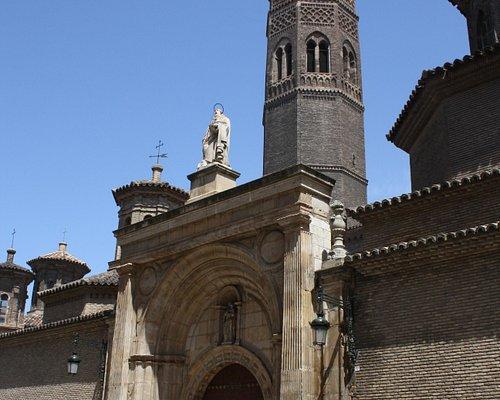Fachada principal de la iglesia de San Pablo