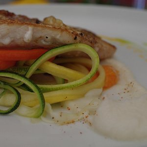 Snapper with veggie spagetti