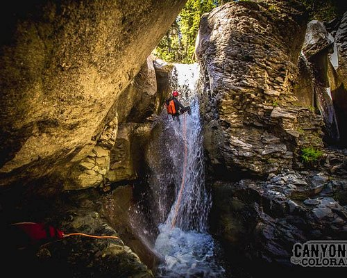 Rappel waterfalls with Canyoning Colorado