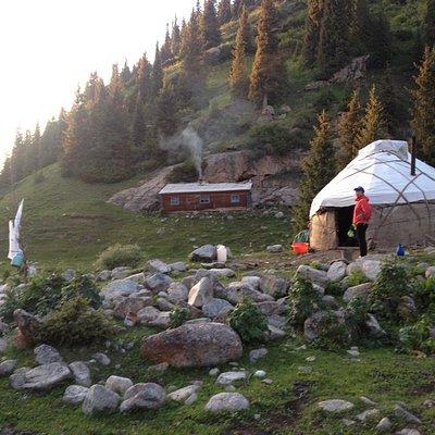 Trek to Jeti-Oguz with EcoTrek Trekking and Travel