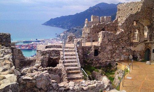 Il Castello Arechi di Salerno è un castello medievale, situato ad un'altezza di circa 300 metri