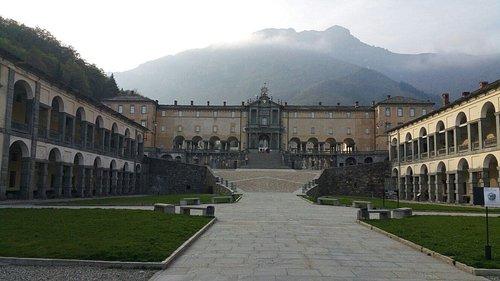 Vista di Biella dal Piazzo, Il Ricetto di Candelo e il Santuario di Oropa.