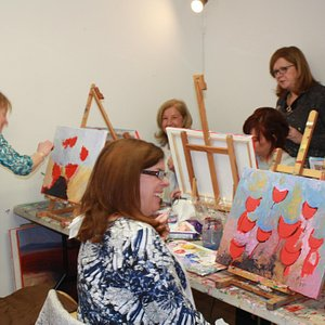 painting away at the palette knife workshop
