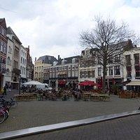 Plaats and Statue of Johan de Witt