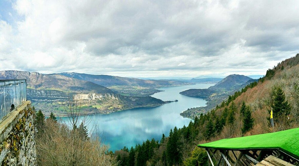 You should not miss this place, Montmin, if you visit Annecy! Look down is Lac d'Annecy (Lake An