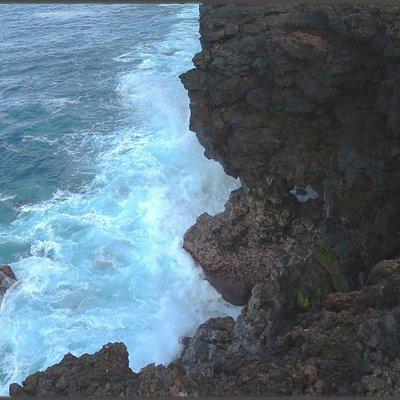 Unique up-close ocean cliff views
