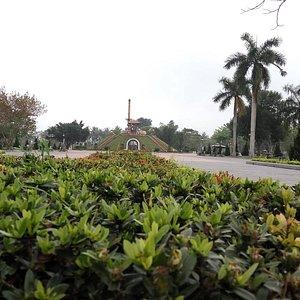Thành cổ Quảng Trị - Cách Thành Phố Đông Hà 12km về phía nam