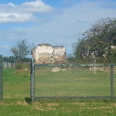 Ruined farm house