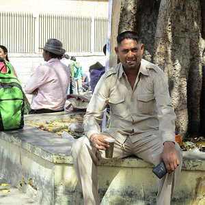 Pose boisson à Amber Fort (Jaipur)