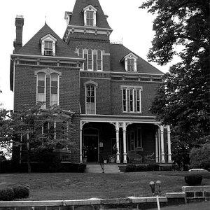 Millholland House