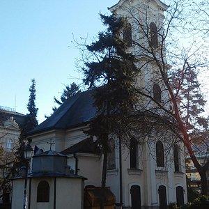 Pravoslavna crkva u Zemunskom parku.