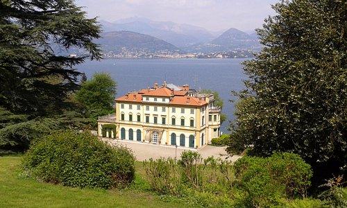 la Villa Pallavicino, vue du parc. Au fond, le Lac Majeur.