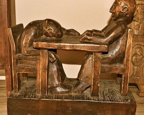 Cada escultura tiene su historia y significado. Puedo pasar horas en el museo... una y otra vez