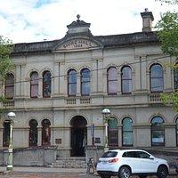 Shirehall 1888