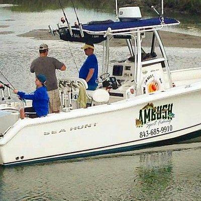Fishing on the  26' Triton Sea Hunt