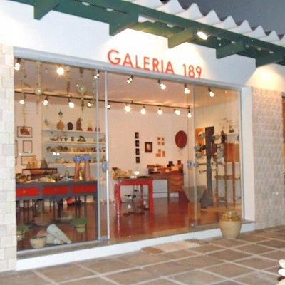 Fachada da Galeria 189