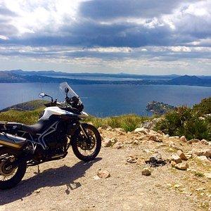 Descubre la auténtica Mallorca en moto